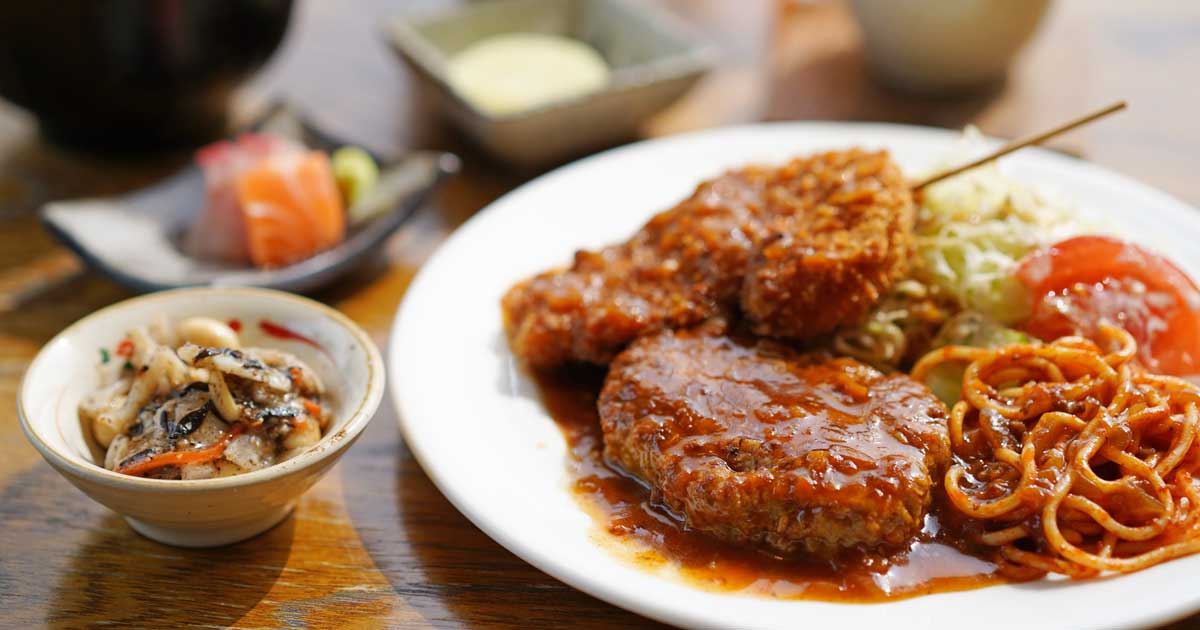 【レストハウス ツーロン】昭和41年創業の洋食店が作る氷見牛ハンバーグ